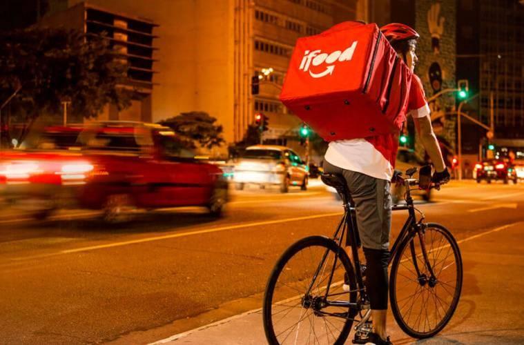 entregador de delivery de comida